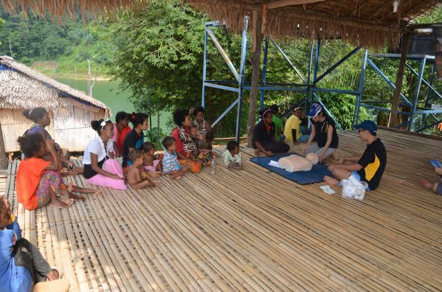 Mothers and children attending the training