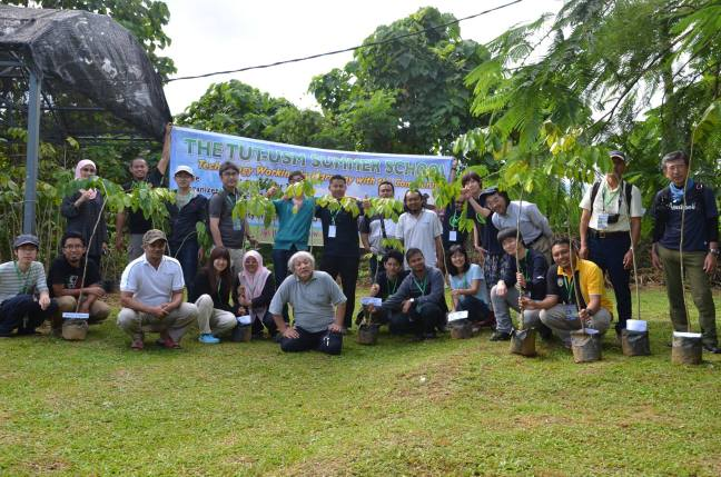 The TUT-USM Summer School visits Pulau Banding Rainforest Research Centre